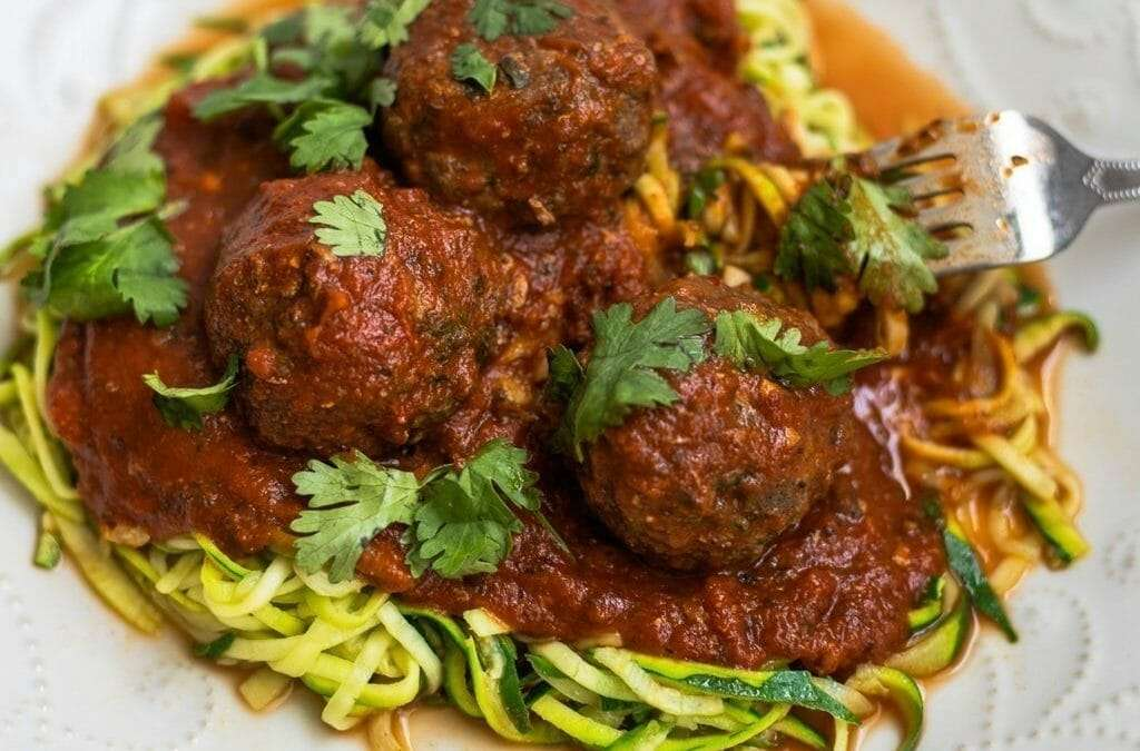 Zucchini Noodles Recipe with Meatballs